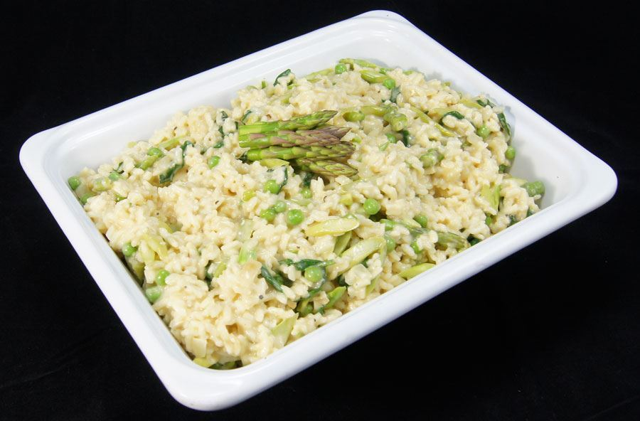 Asparagus risotto and salad (serves 8 people)