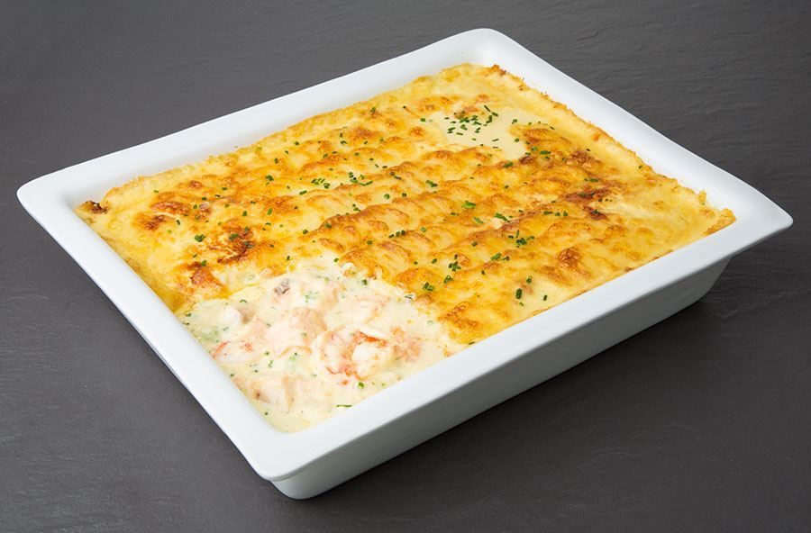 Classic fish pie with mixed salad (serves 6 people)
