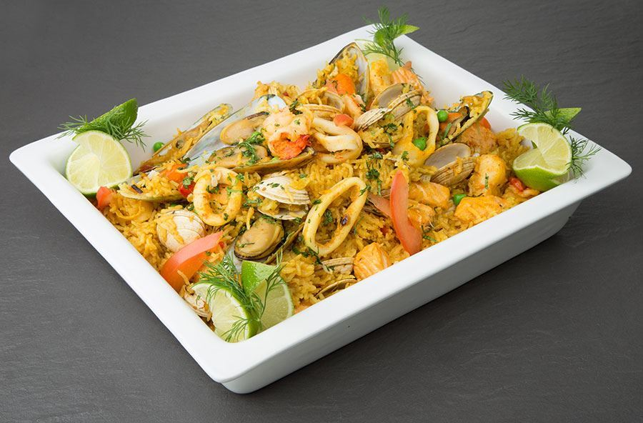 Seafood paella with mixed leaf salad (serves 8 people)