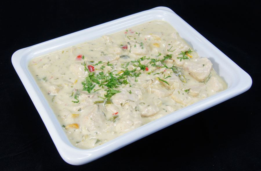 Thai chicken in a coconut sauce, served with basmati rice (serves 8 people)