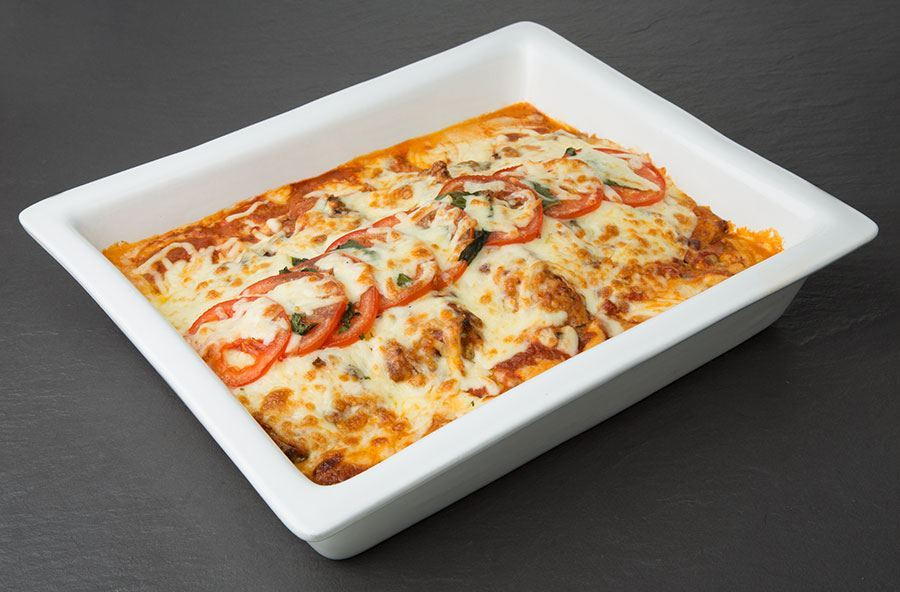 Spinach and ricotta cannelloni with fresh garden salad (serves 8 people)